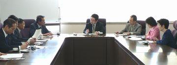 東腎協会長らと懇談する笠井議員、小池議員、田村参院東京選挙区候補、かち佳代子都議